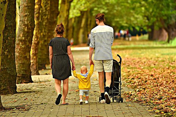 Vater, Mutter und Kind
